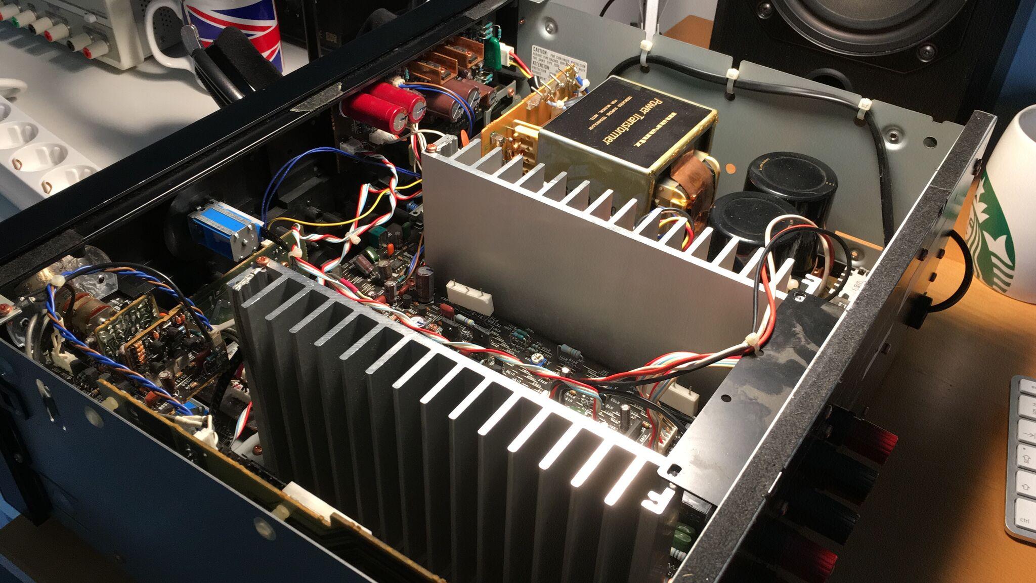 Marantz PM80 Mk2 Opened up